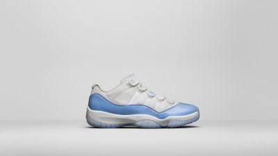 air jordan 11 low university blue 5