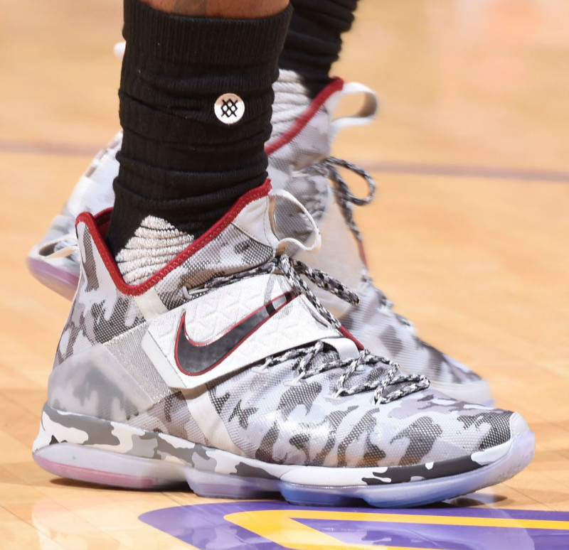 lowest price 27e49 b7231 LeBron Debuts a New 'Camo' Colorway of the Nike LeBron 14 ...