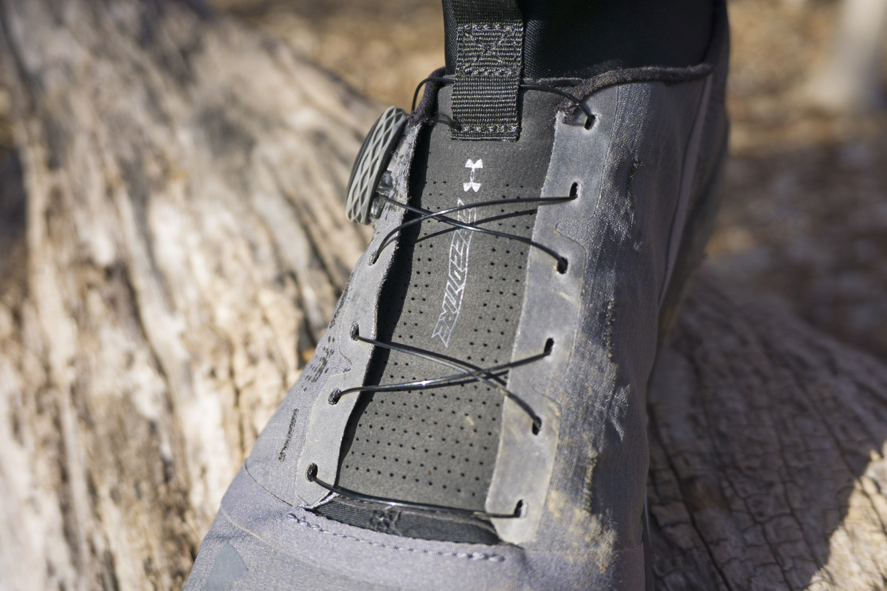 pretty nice aaa33 fe252 Under Armour Speed Tire Ascent Mid Performance Review - A ...