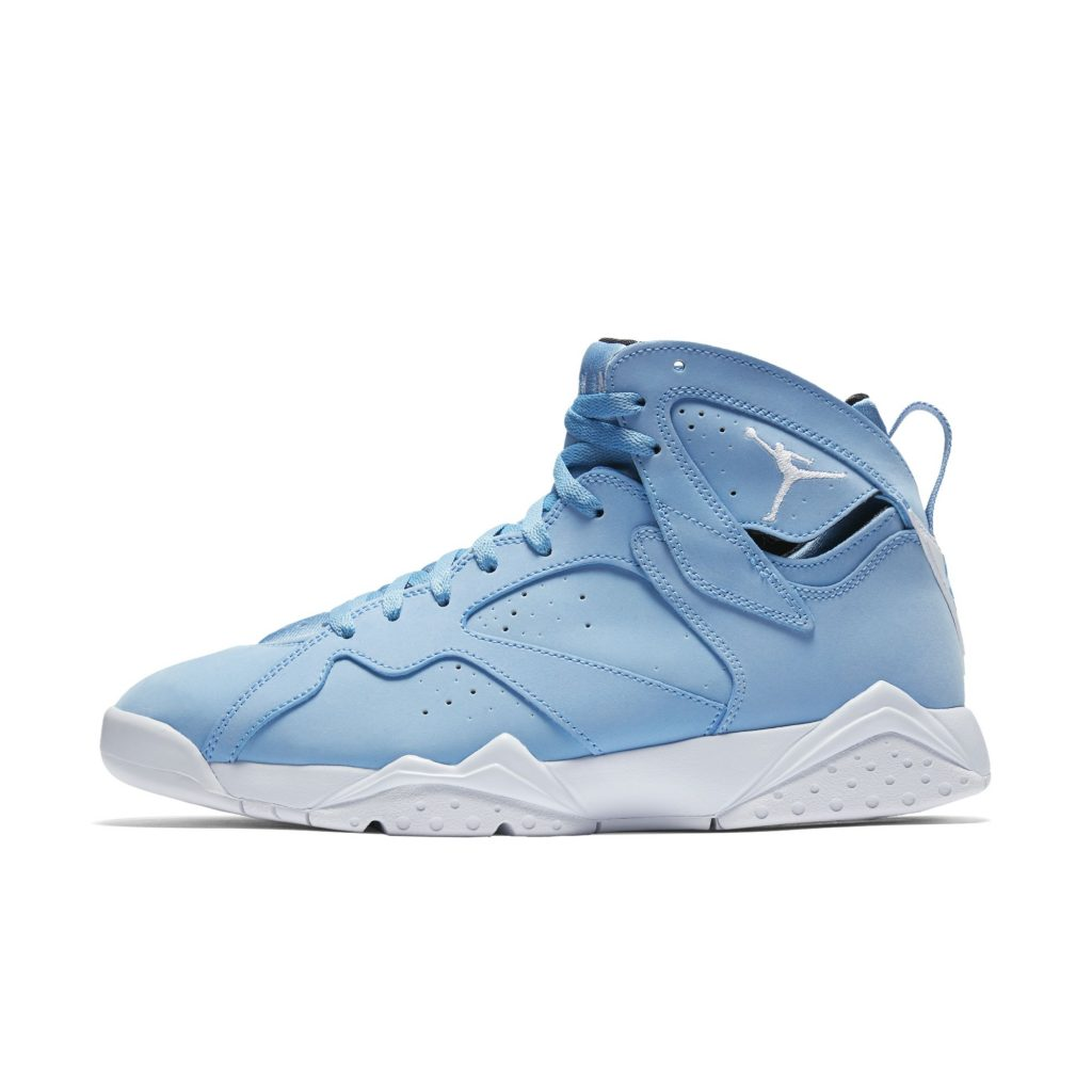 hot sale online 0a2fc 0382e An Official Look at the Air Jordan 7 Retro 'University Blue ...