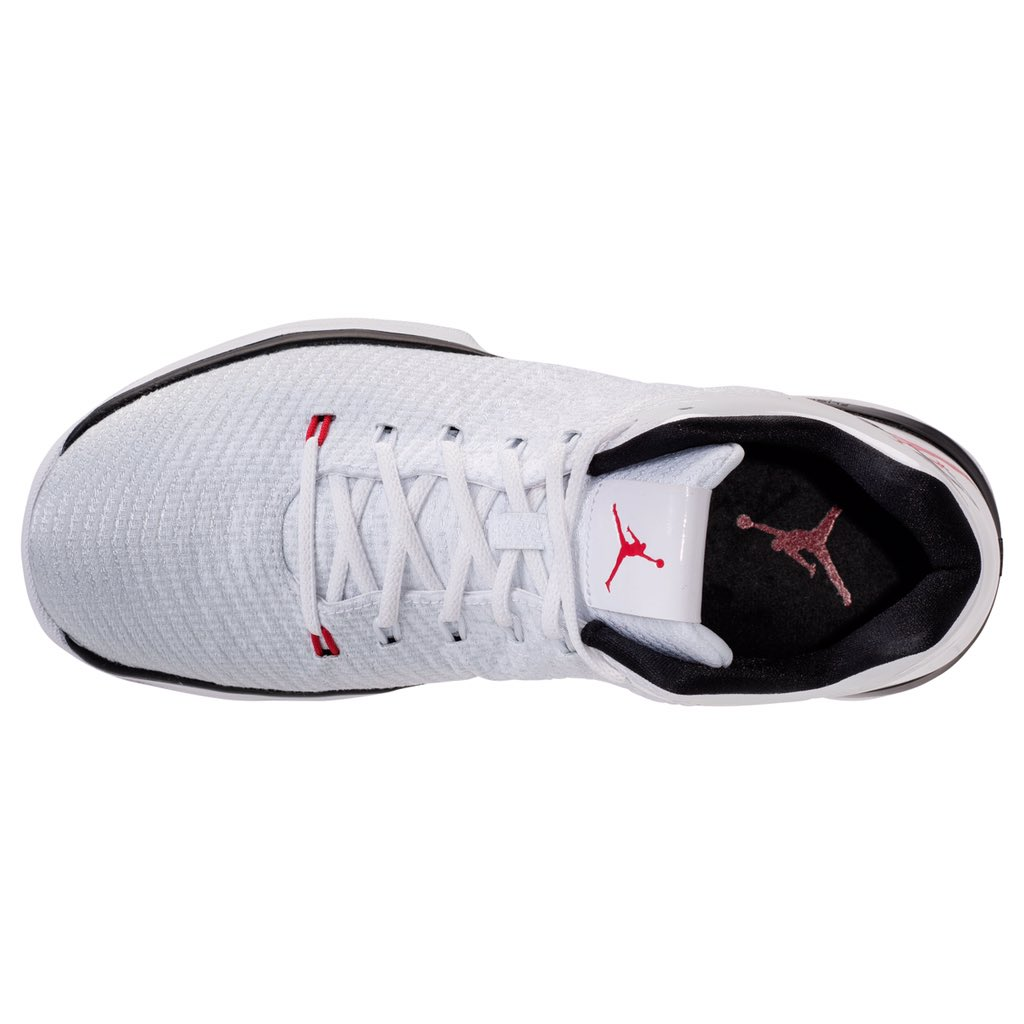 buy online e21ad 8cd20 The Air Jordan 31 Low in White/Red Releases at the End of ...