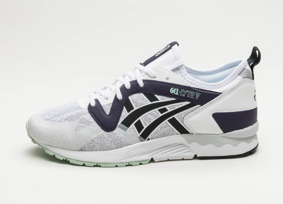 how do asics gel lyte speed fit