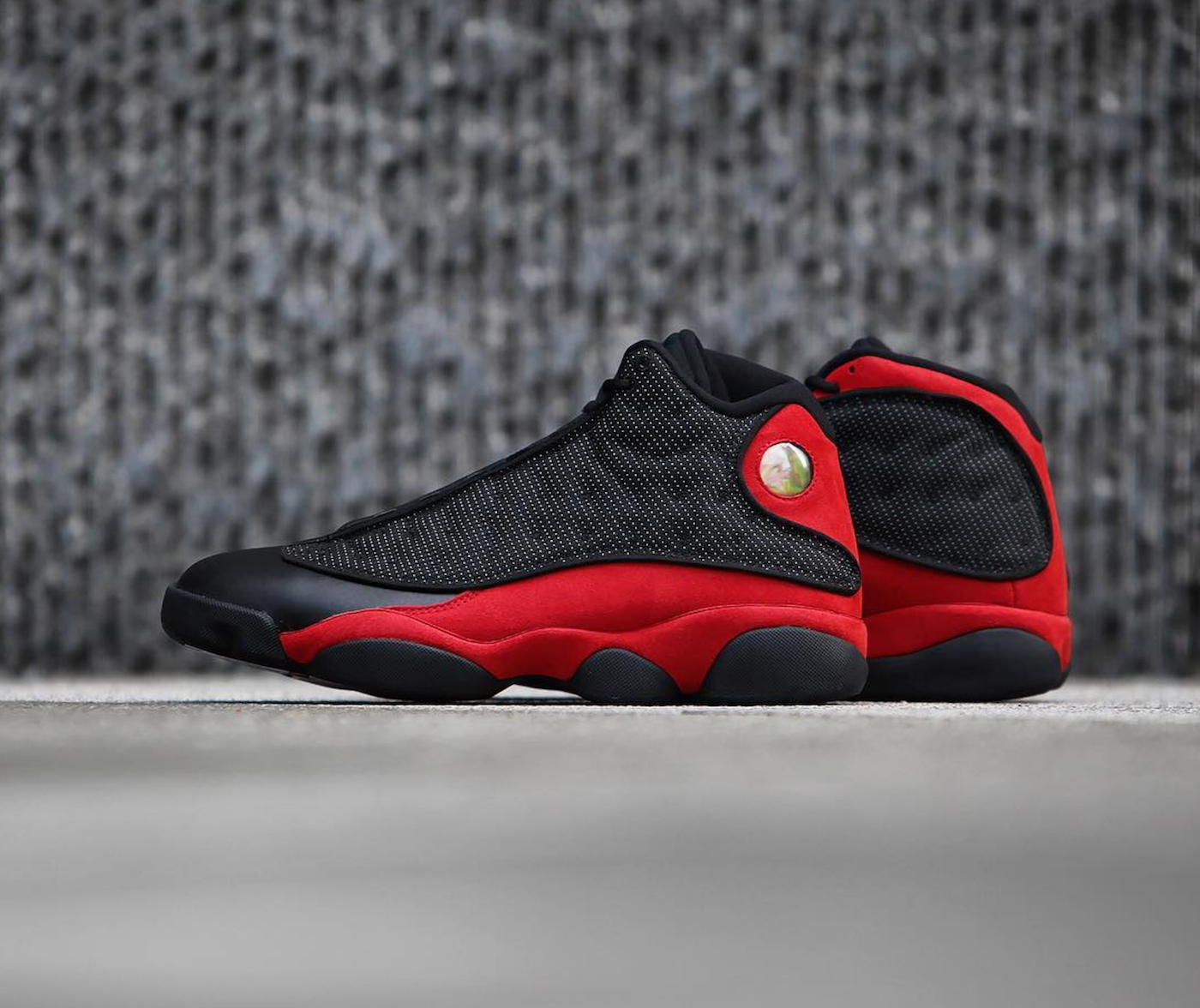 beauty shots of the air jordan 13 retro 39 black red 39 weartesters. Black Bedroom Furniture Sets. Home Design Ideas