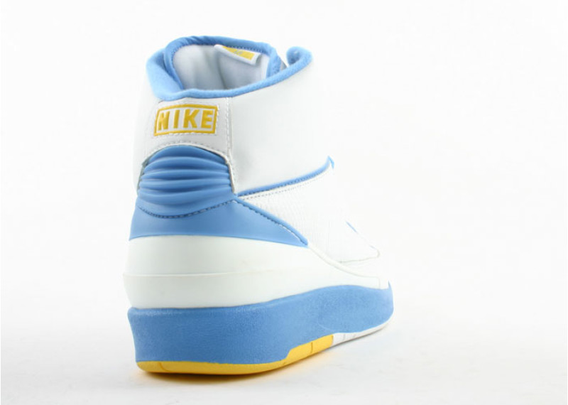 air-jordan-2-retro-carmelo-white-carolina-blue-varsity-maize 3