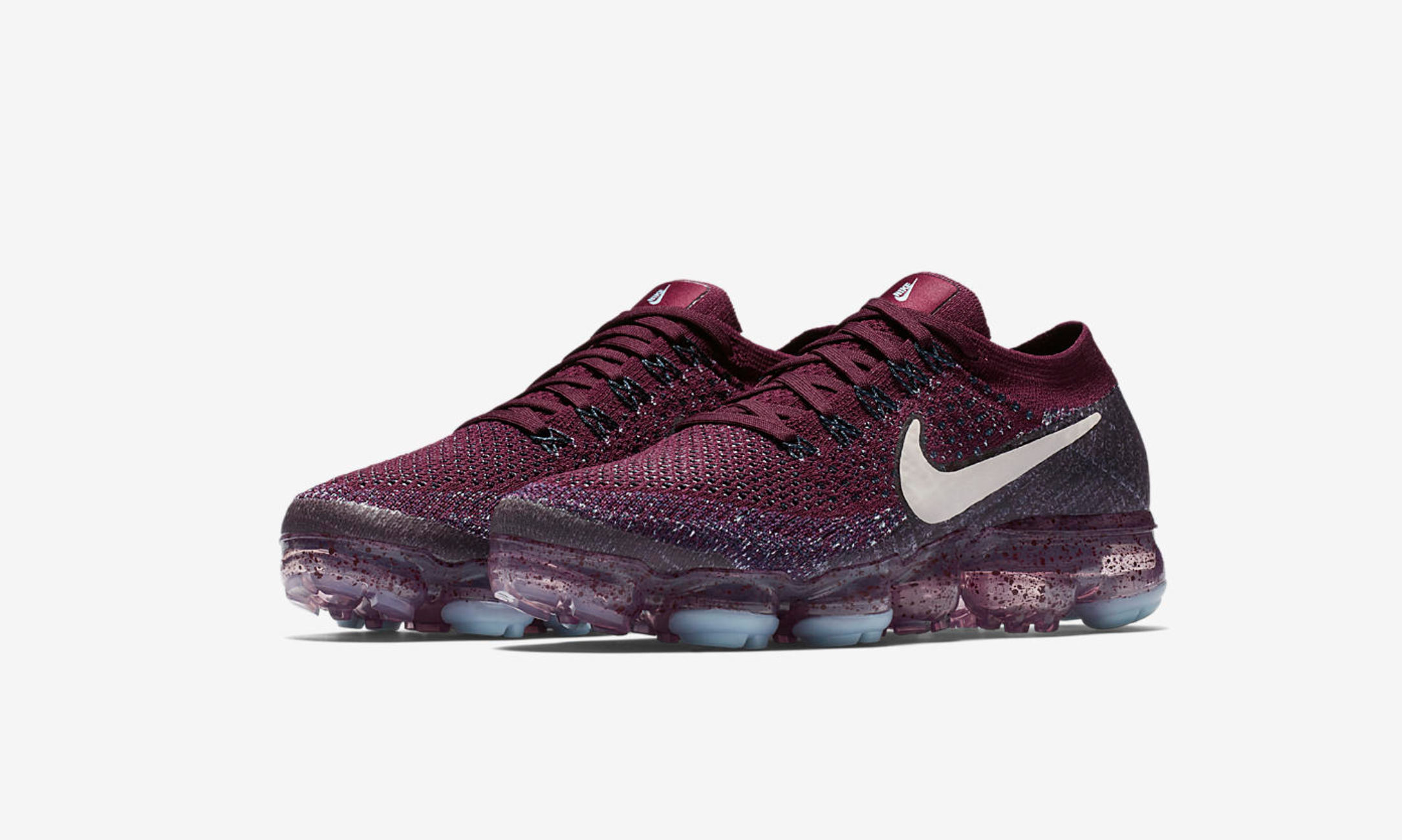 outlet store 62cee d0576 Release Reminder: Nike Air VaporMax Drops in Two Colorways ...
