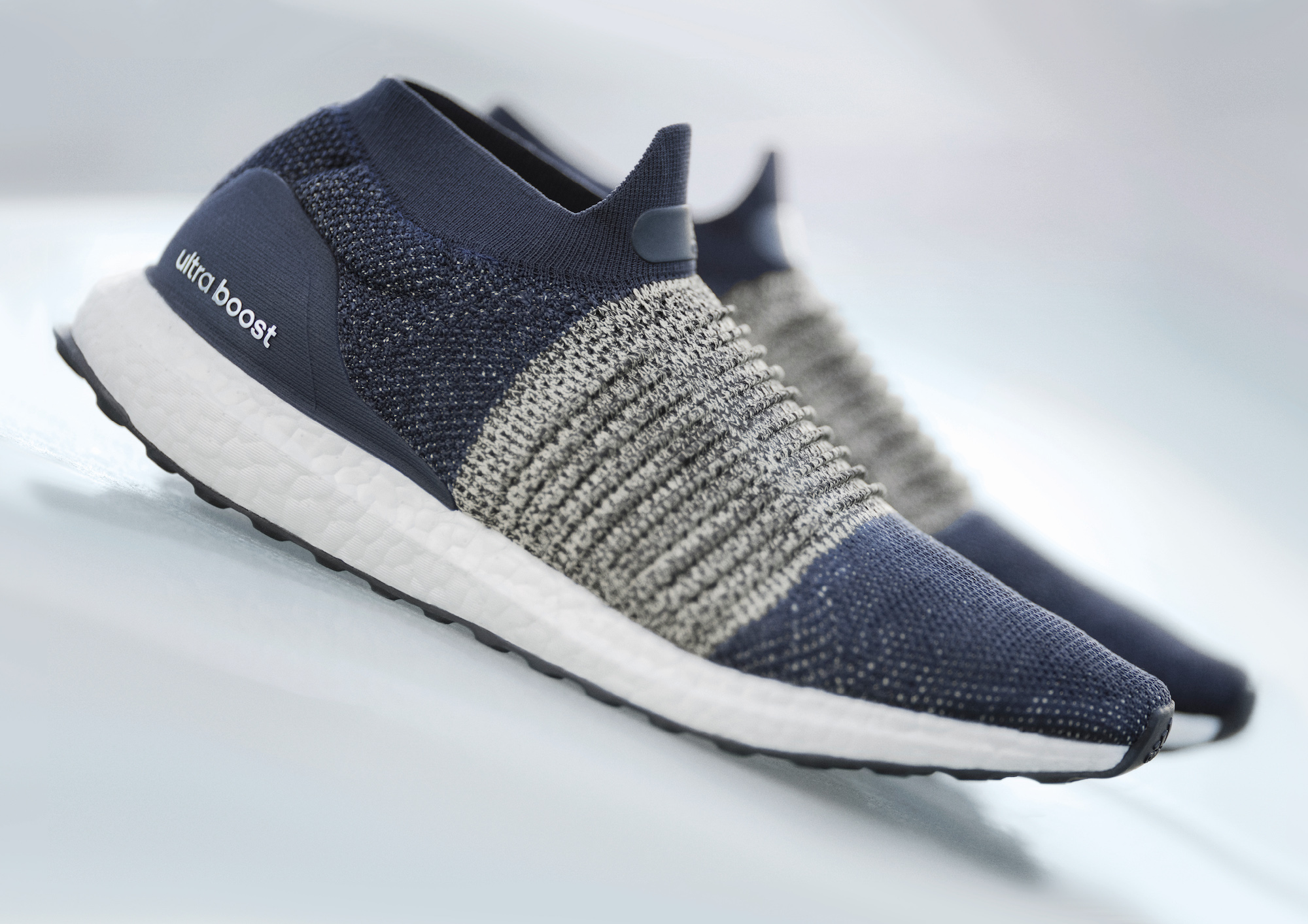 adidas boost laceless