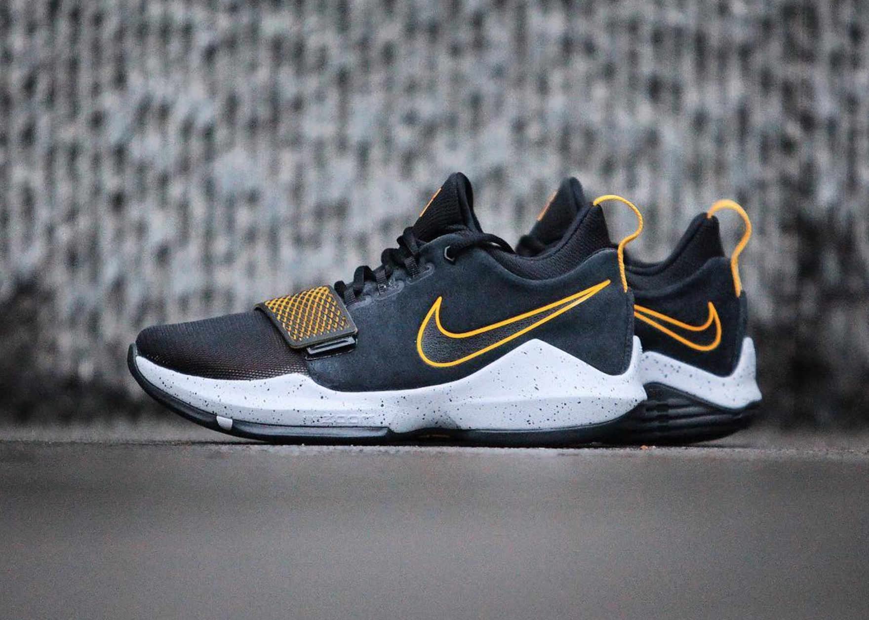 nike pg 1 black university gold gc911 11 - WearTesters