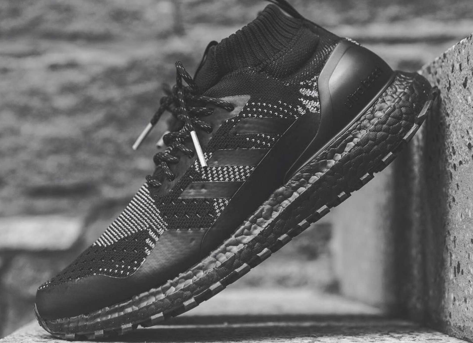 watch cf049 41245 Ronnie Fieg and nonnative Link for New Ultra Boost Mid ...
