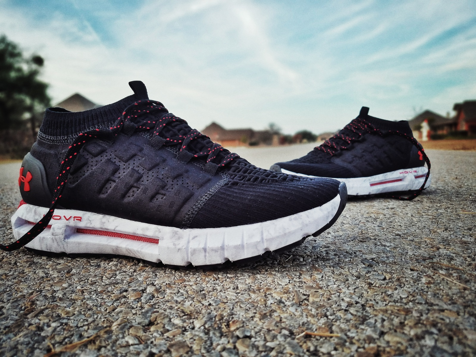 differently 59046 89815 Under Armour HOVR Phantom | First Impressions - WearTesters