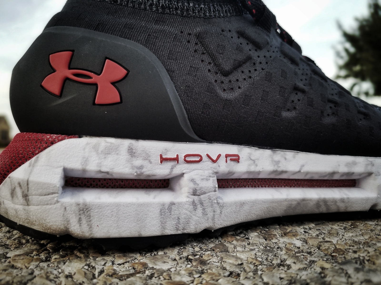 differently 7fb3f 80142 Under Armour HOVR Phantom | First Impressions - WearTesters