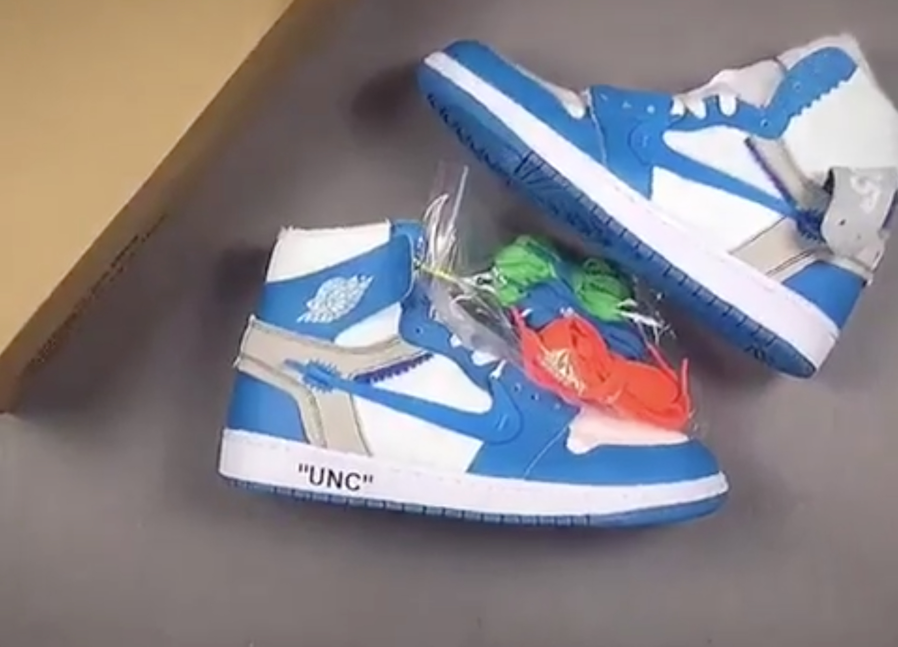 new style 40ad9 2b1b1 Fake OFF WHITE Air Jordan 1s for UNC Surface Online ...