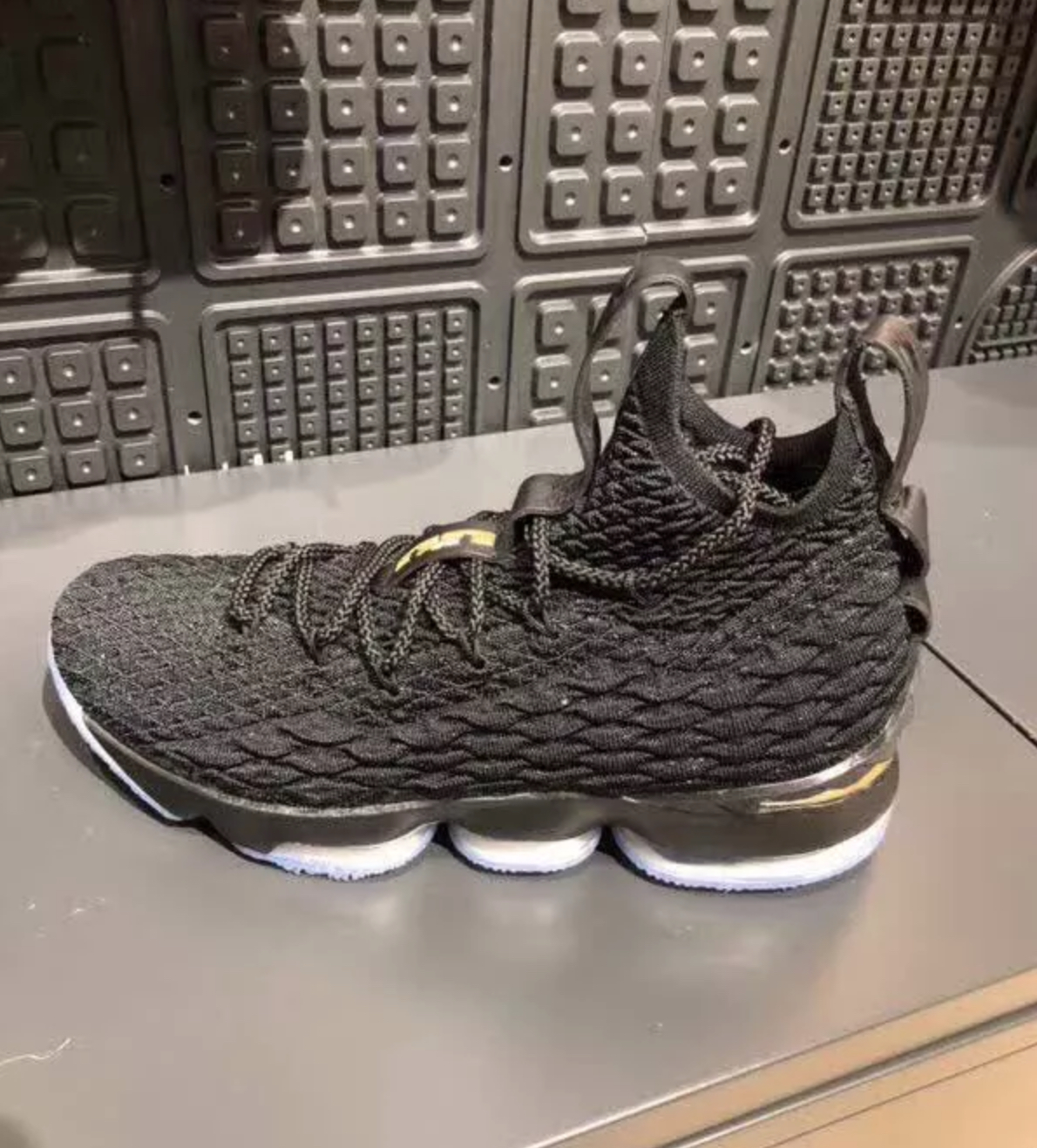 watch 476e0 4ce77 What Could Be the Nike LeBron 15 'City Edition' Surfaces ...