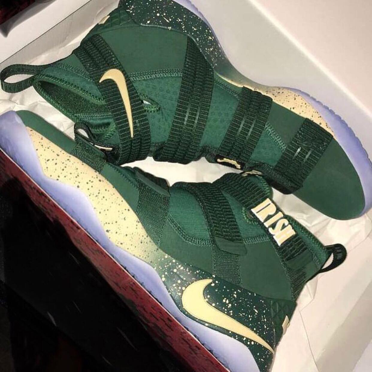 brand new bd4c7 ef8c6 The Nike LeBron Soldier 11 'SVSM' Honors LeBron's High ...