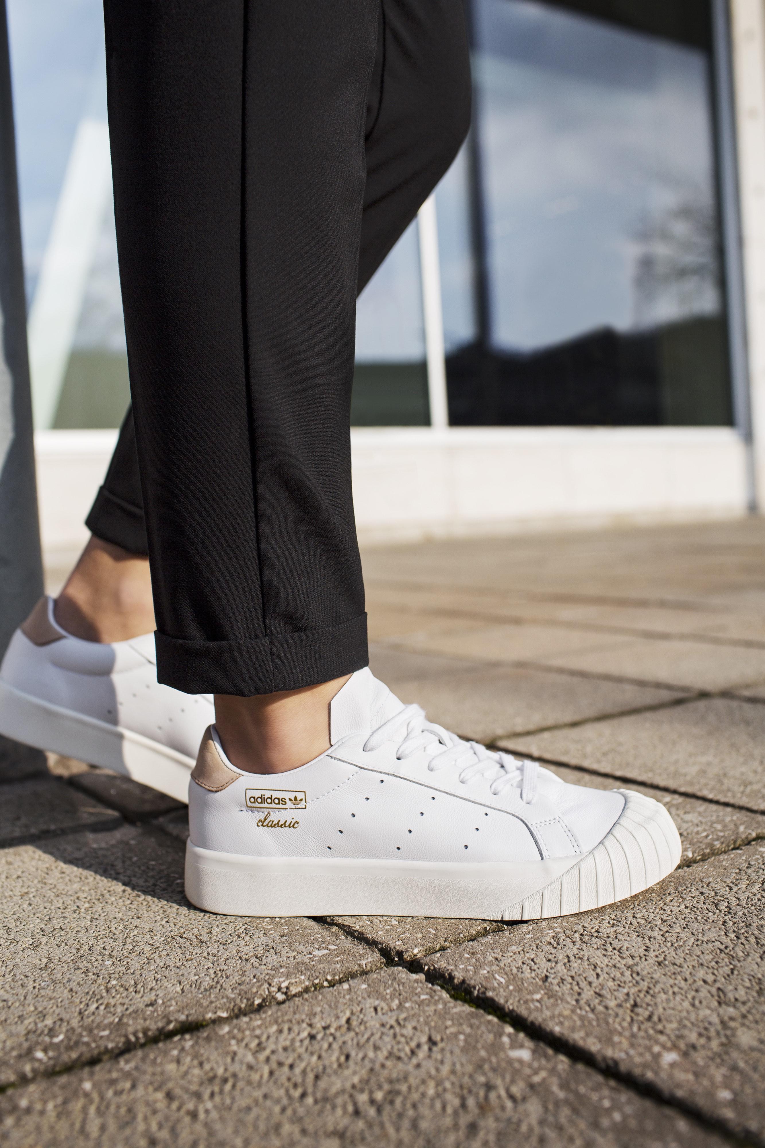 Adidas Originaux Adidas Chaussures De Sport Everyn - Blanc u2L5TRbgX