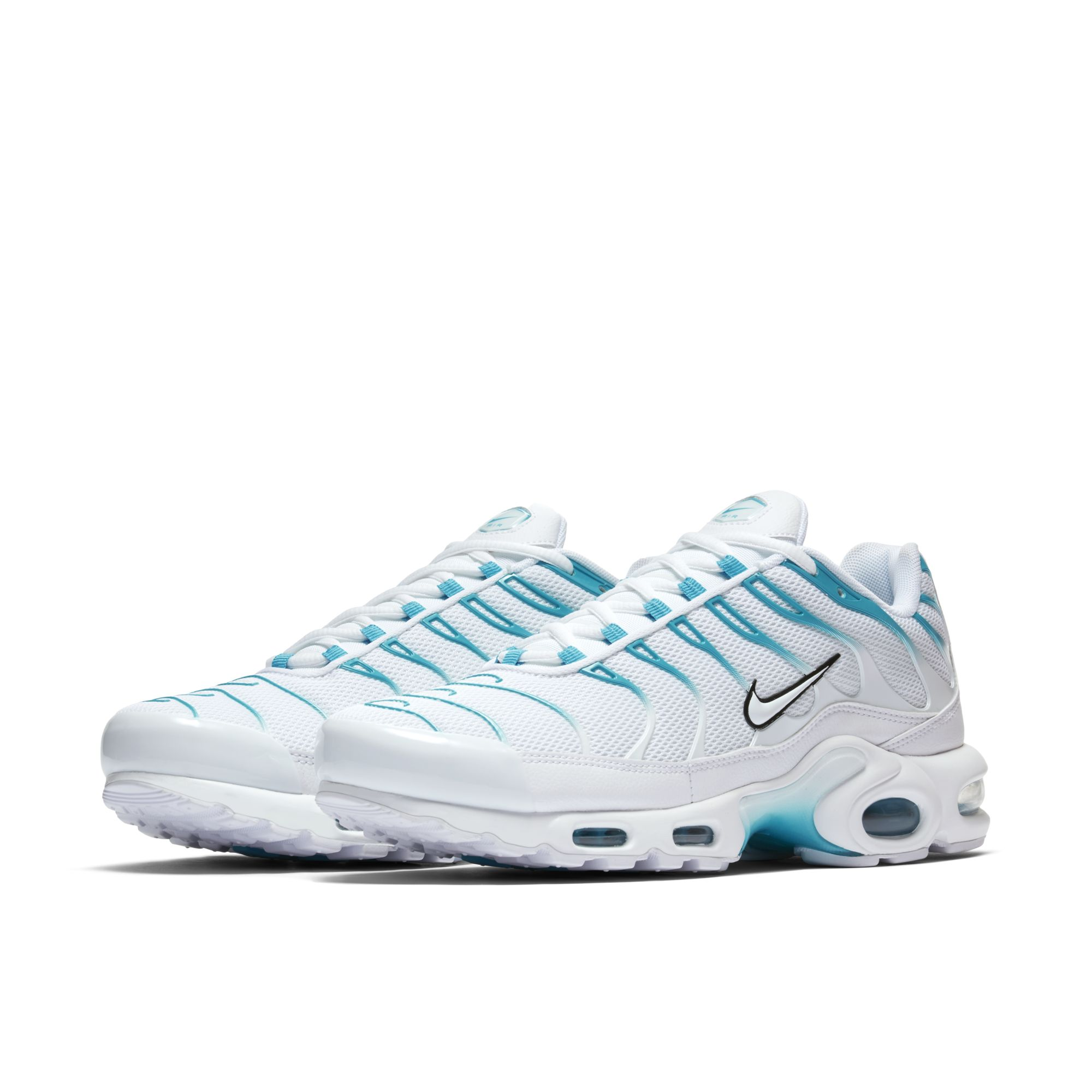 sale retailer 560b5 89cde Look Out for This Clean Nike Air Max Plus Colorway - WearTesters