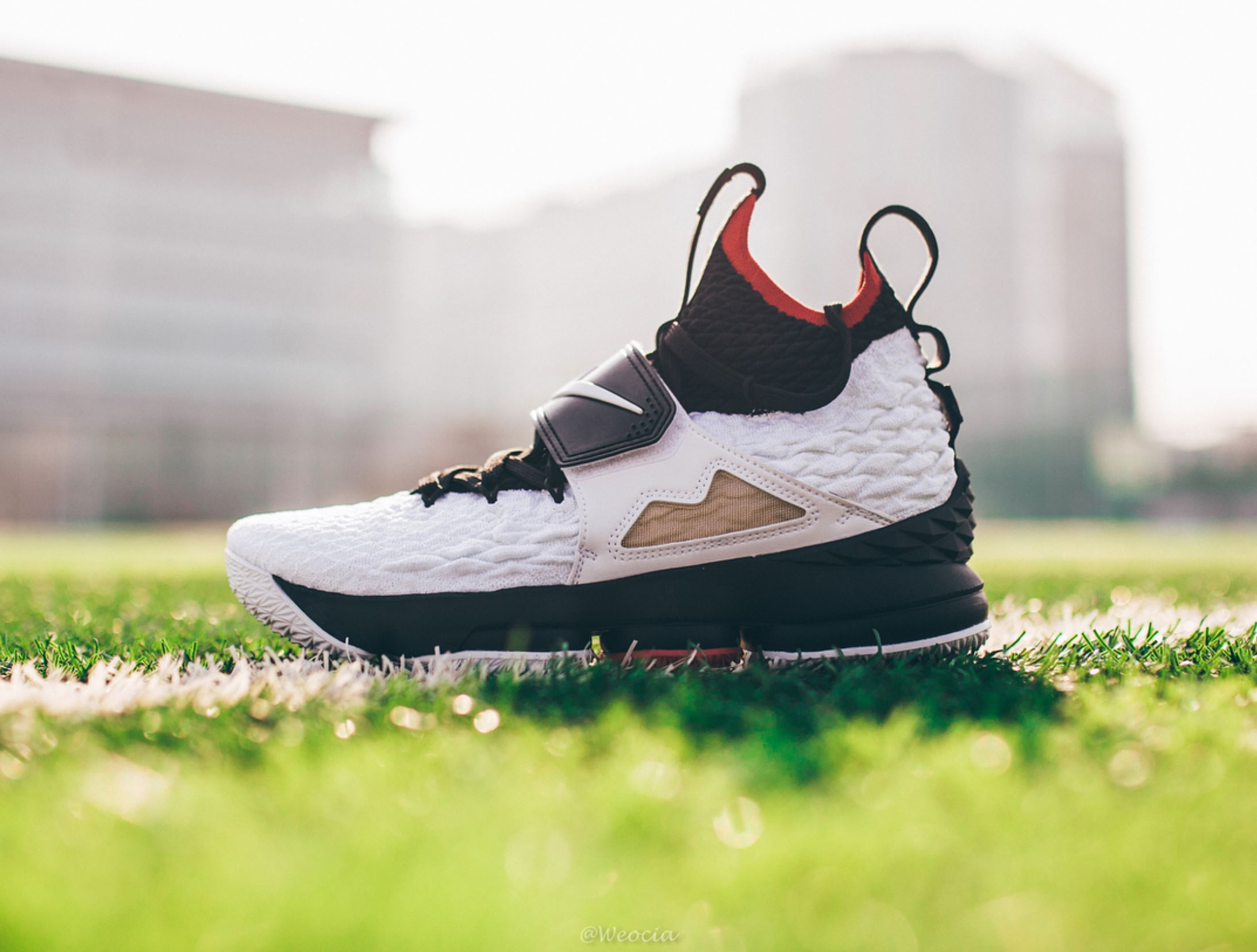 new styles 46d1d 6c1f1 Here's a Detailed Look at the Nike LeBron 15 'Diamond Turf ...