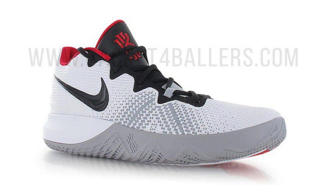 Nike Emerge  Shoe
