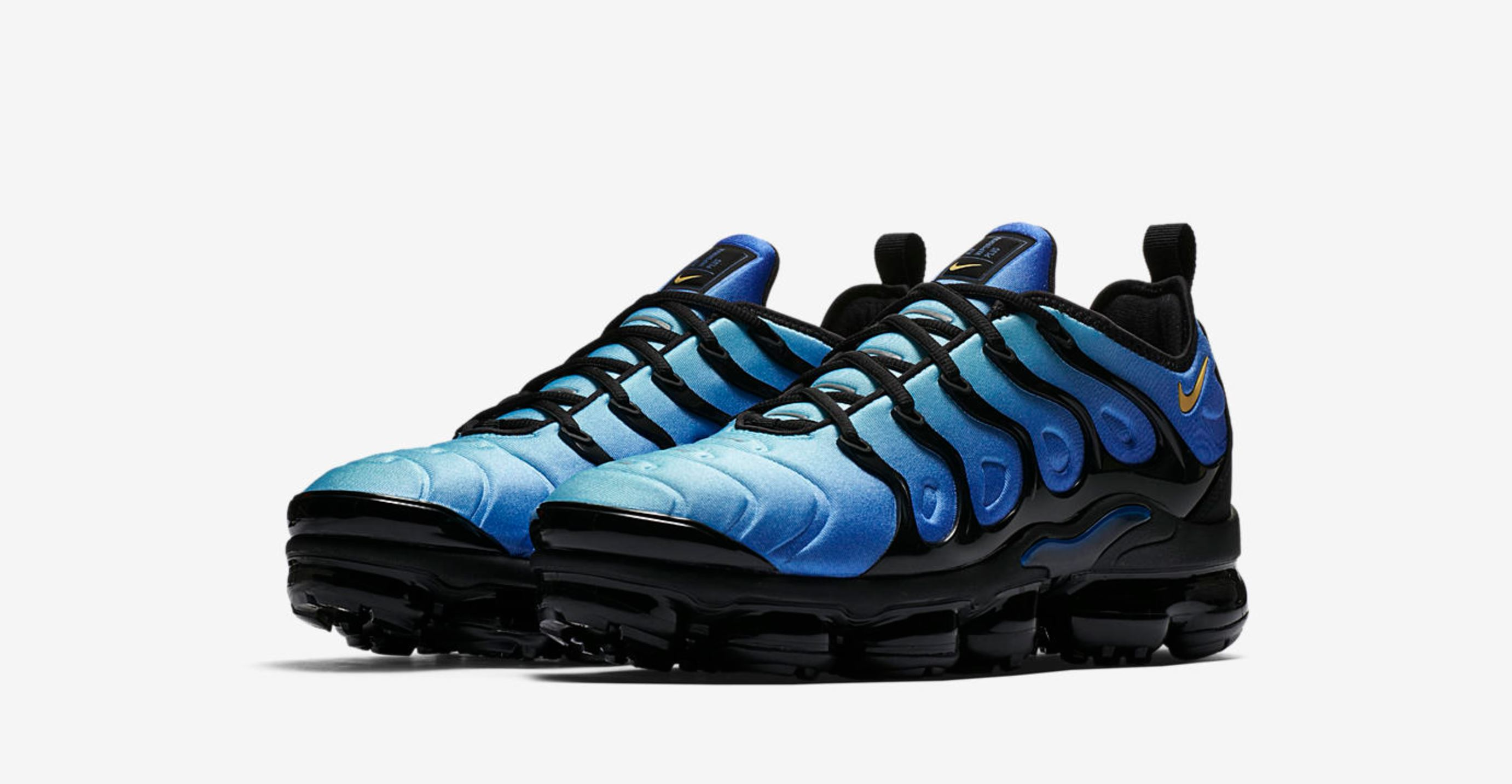 huge selection of f5d50 dc9df This Nike Air VaporMax Plus Honors the Original Tuned Air ...