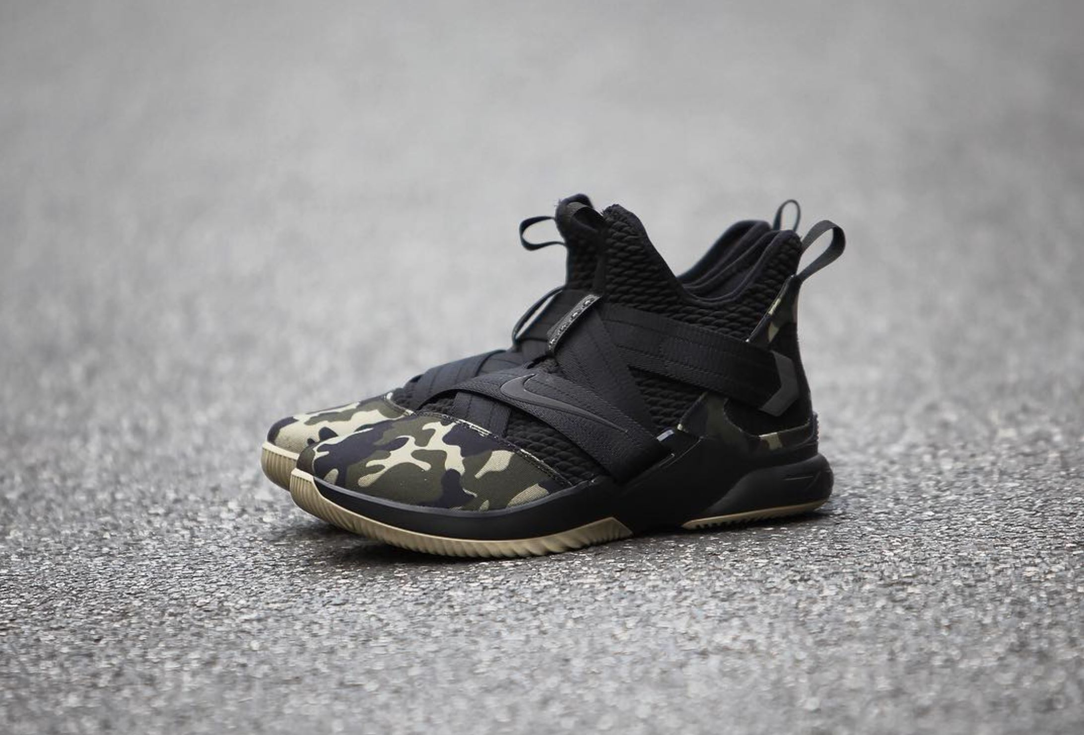 best service 0cf56 f1458 Here's a Detailed Look at the Nike LeBron Soldier 12 'Camo ...
