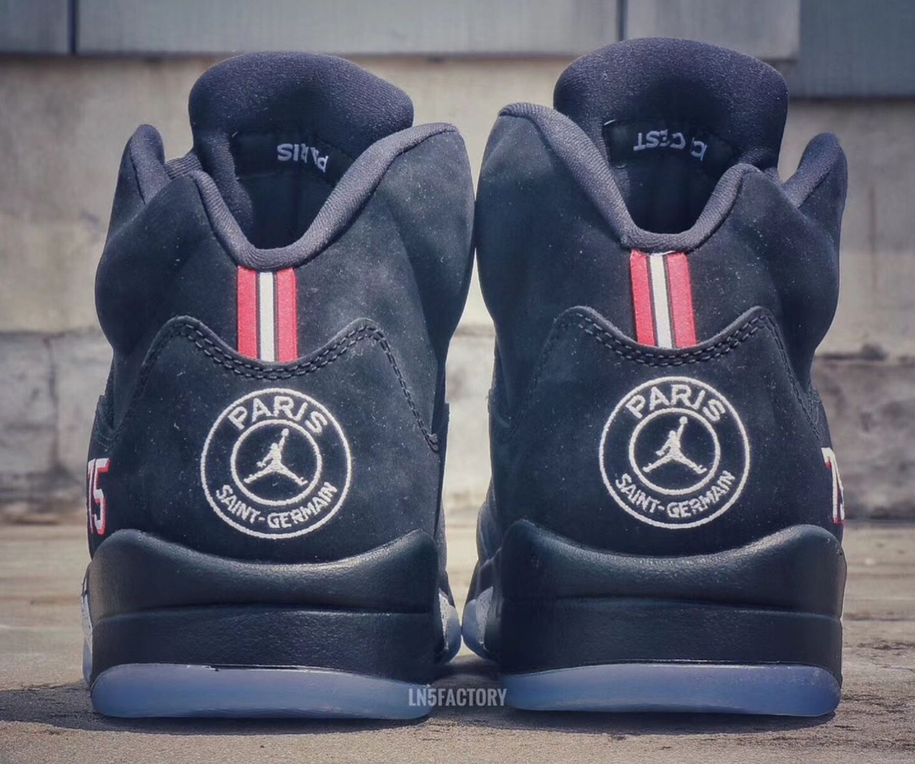 Mitones Vislumbrar Normalización  An Air Jordan 5 for Paris Saint-Germain Surfaces Online - WearTesters