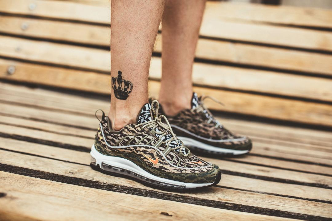 pronóstico silencio transmitir  On-Foot Look at the Nike Air Max 98 AOP Camo - WearTesters