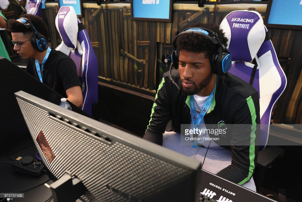 new product 4e0c8 cd7fc Paul George Unveils the Nike PG 2.5 at E3 Fortnite ...