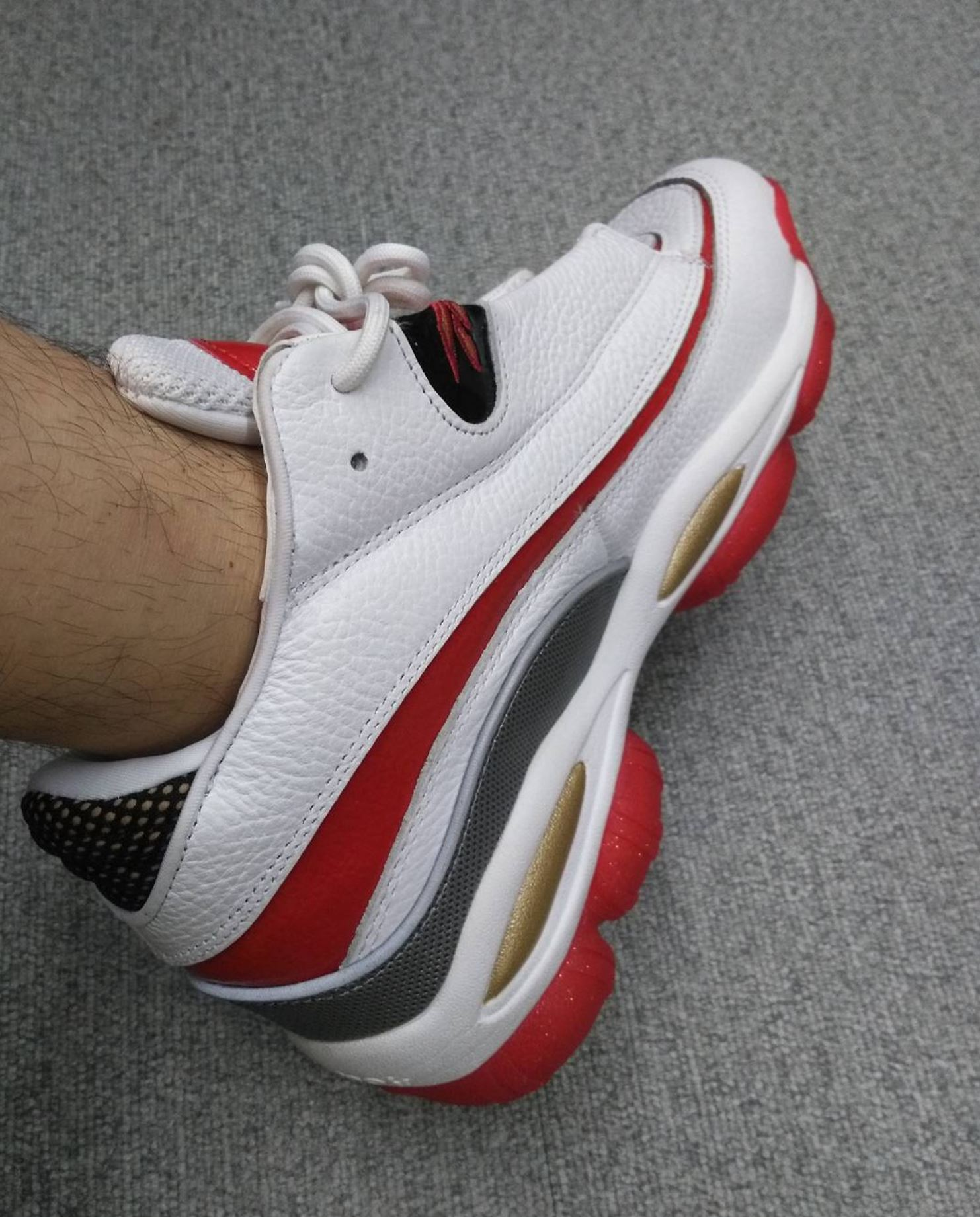 reebok answer 1 white red on foot - WearTesters