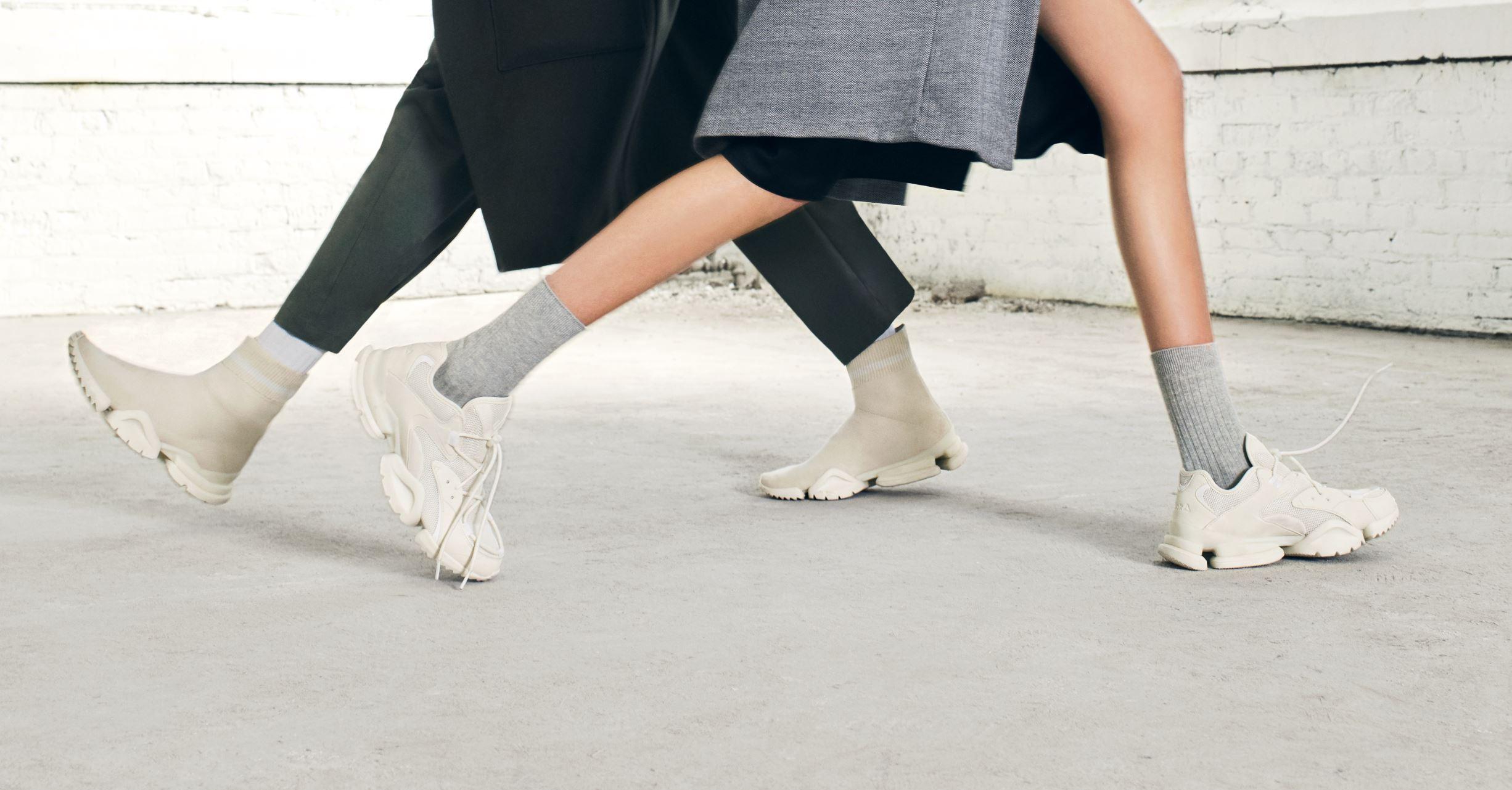 Reebok Drops 'Chalk' Sock Run.r and Run