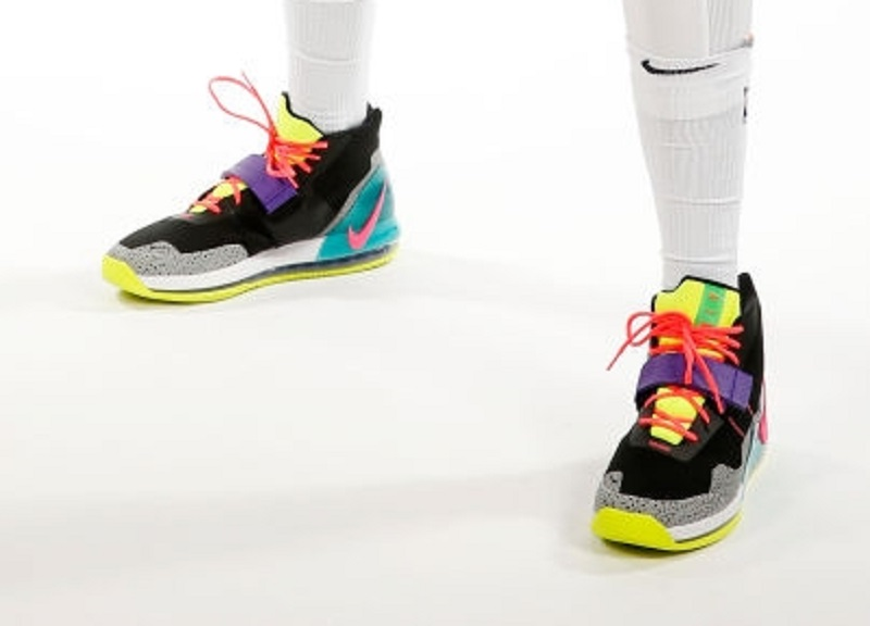 new products 3a84d c7ed3 Anthony Davis Debuts New Nike Air Force Max - WearTesters