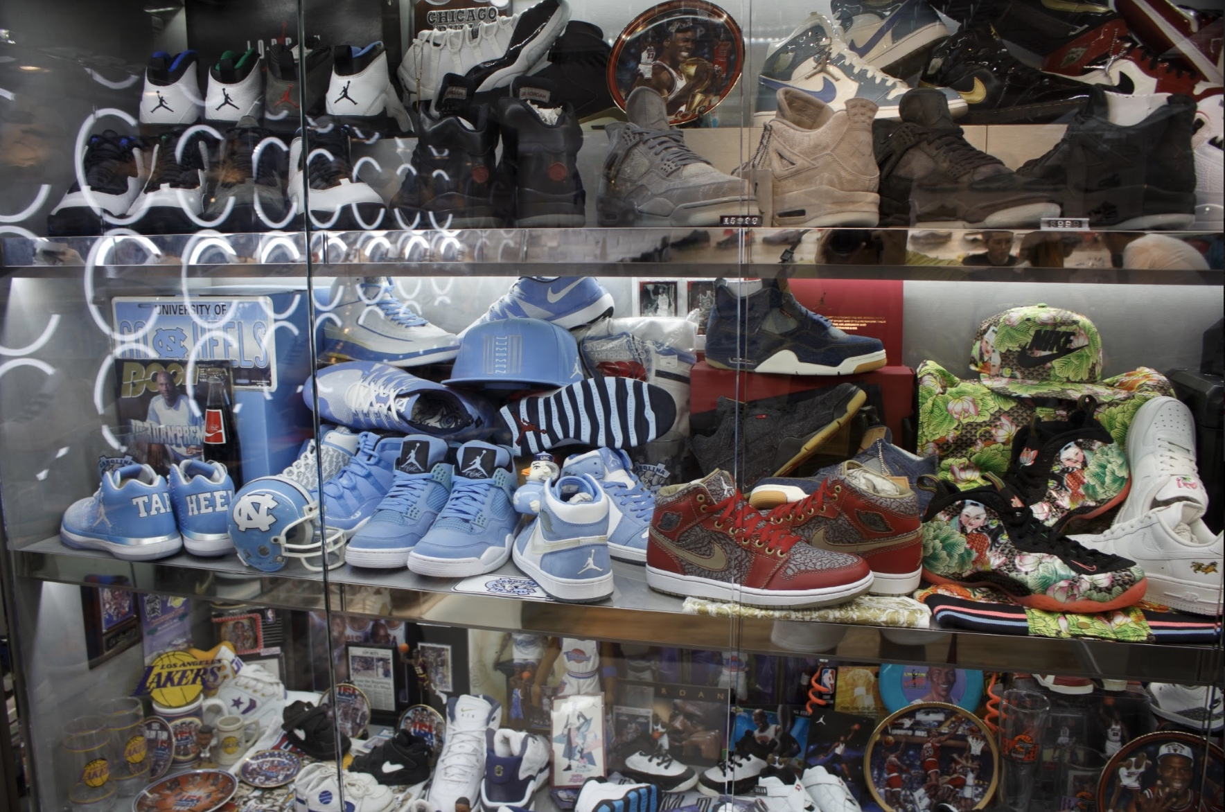 Exclusive: Sneaker Shopping at Hong