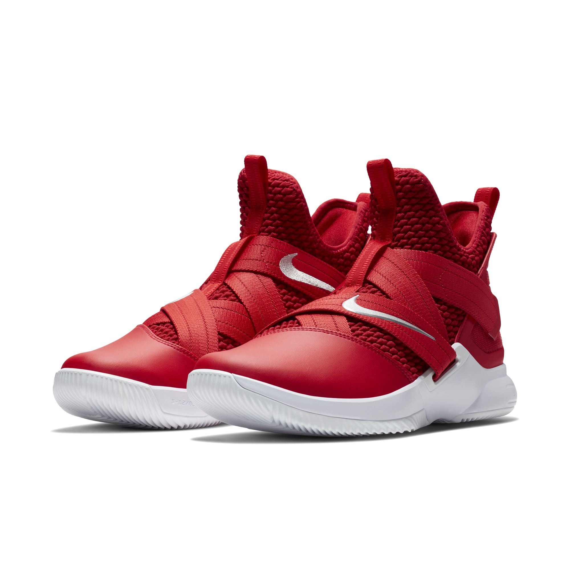 new arrival 3bae5 3a3a4 LeBron's Latest Soldier 12 Arrives in Team Colorways for ...