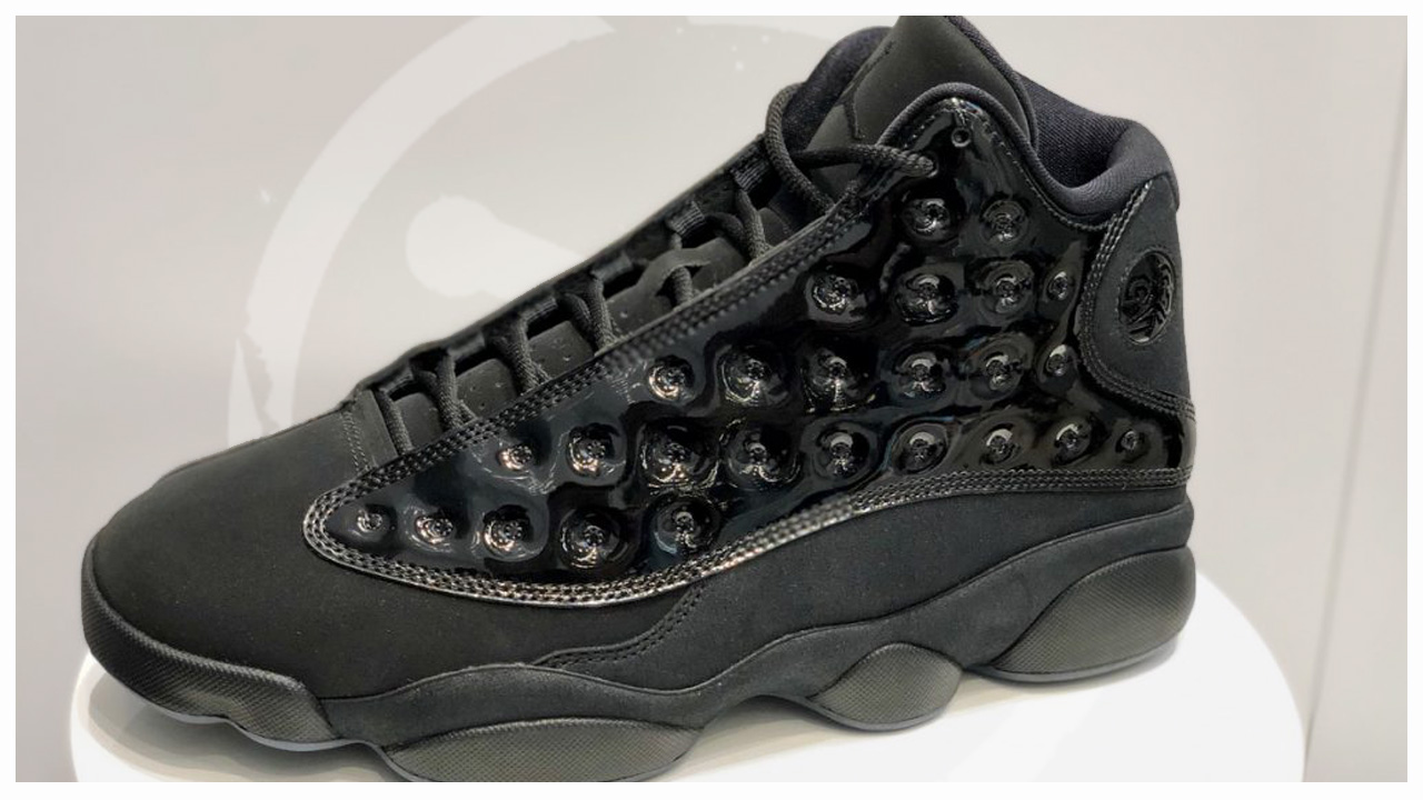 buy online 7c005 b9e7a A Detailed Look at the Air Jordan 13 'Cap 'n Gown' - WearTesters