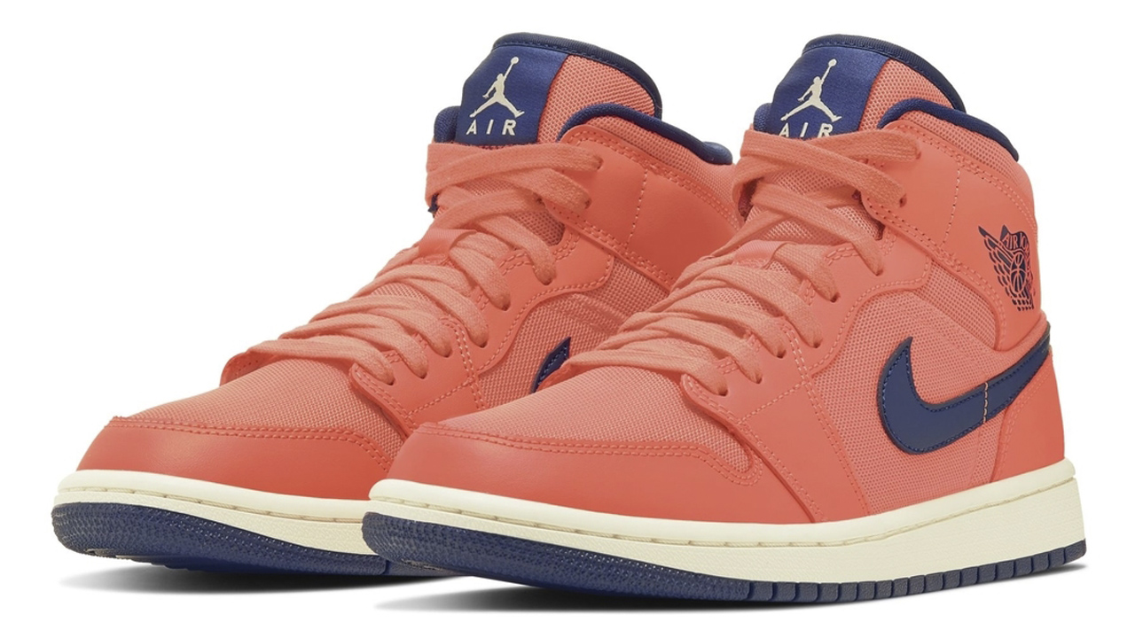 buy online 3e562 d24af Feast Your Eyes on This Creamsicle-Esque Air Jordan 1 Mid ...